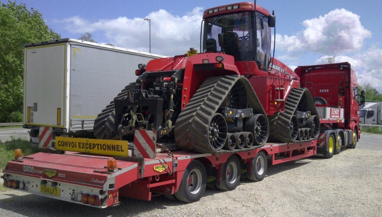 Agricultural machinery transportation