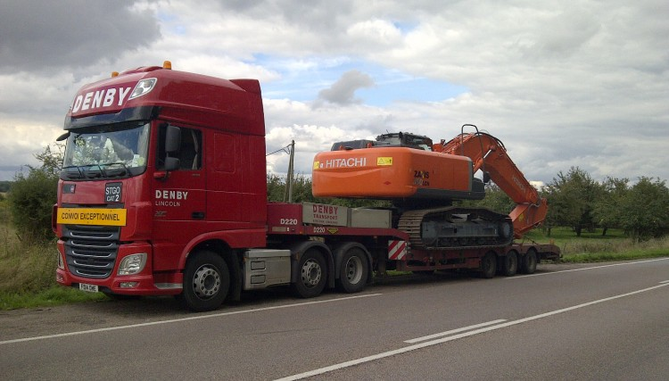 Heavy transport - construction machinery