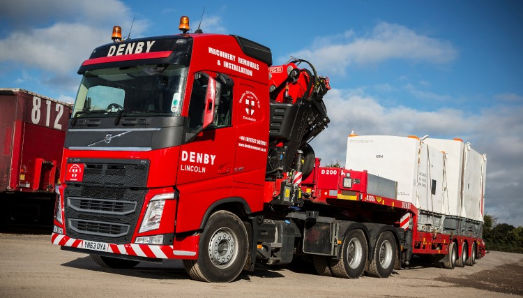 We have a fleet of high spec Hiab cranes